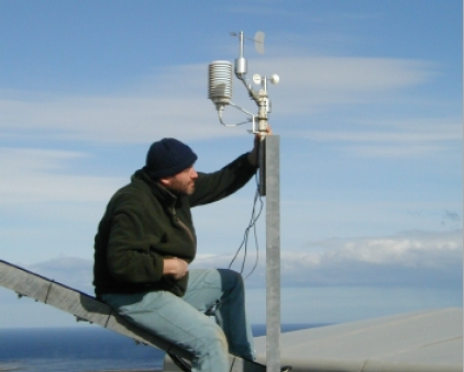 Installing environmental monitoring at Port Stanley Observatory